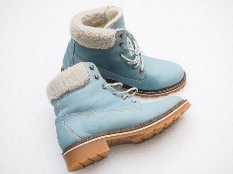 3 เคล็ดลับดูแลรองเท้าผ้าใบสีขาวให้เหมือนใหม่อยู่ตลอดเวลา