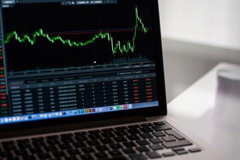 6 เทคนิคที่นักลงทุนหุ้น มือใหม่ควรรู้ก่อนลงทุน